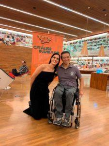 Autores com deficiência em destaque. Livraria comemora o Dia internacional da Pessoa com Deficiência.